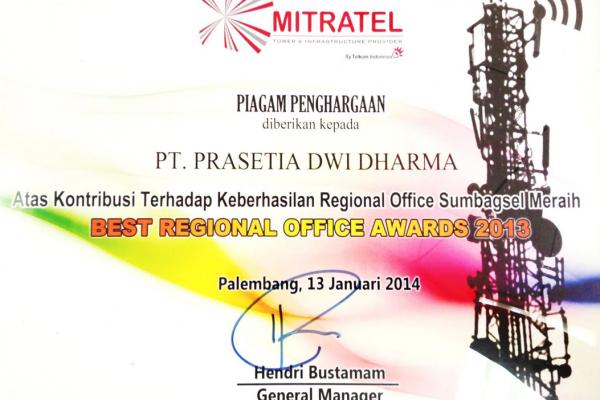 DMT 2013_Best Regional Offoce Award Sumbagsel